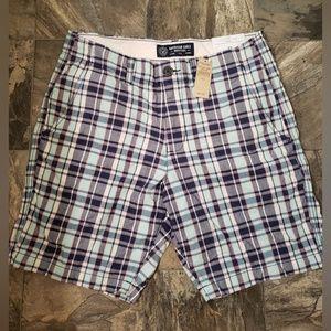 American Eagle Plaid Shorts NWT 32